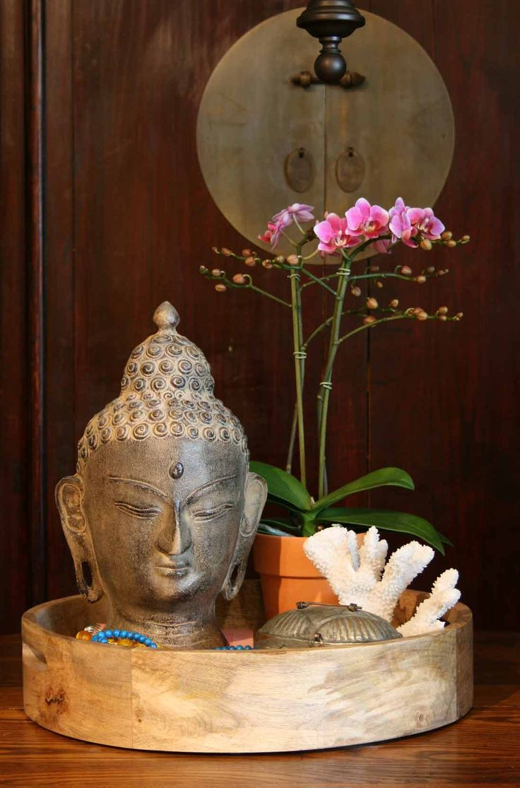 Asian influence on modern design come in the forms of exotic flowers and plants, religious icons and rich colour pallet.