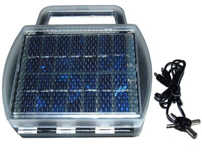 ES907 Universal Solar Battery Charger (In Case)