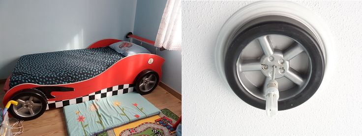 The bed has 4 wheels. We haven't used 2 wheels because of the wall. MMy husband has fixed it to the celing as a lampshade.