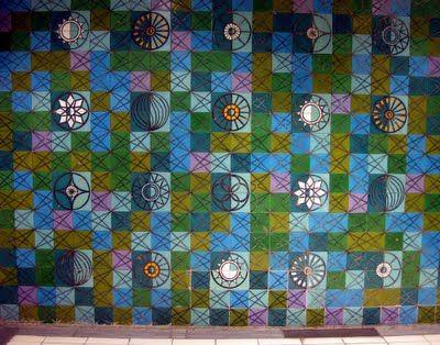 cerâmica modernista em portugal: Maria Keil - Estação Rossio - Azulejos do Metro de Lisboa II