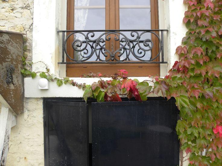 Les meilleures idées d'appuis de fenêtre en fer forgé