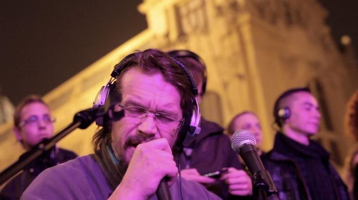 Acuo Urban Symphony - Dan Bárta / Silent concert in Prague