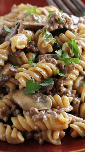 One Pot Ground Beef Stroganoff ~ full of beefy flavor. And there is only one pot to clean up after dinner!