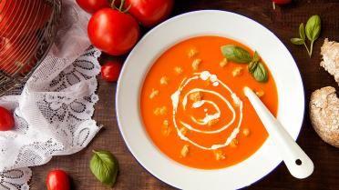 Lekkere tomatensoep met balletjes | VTM Koken