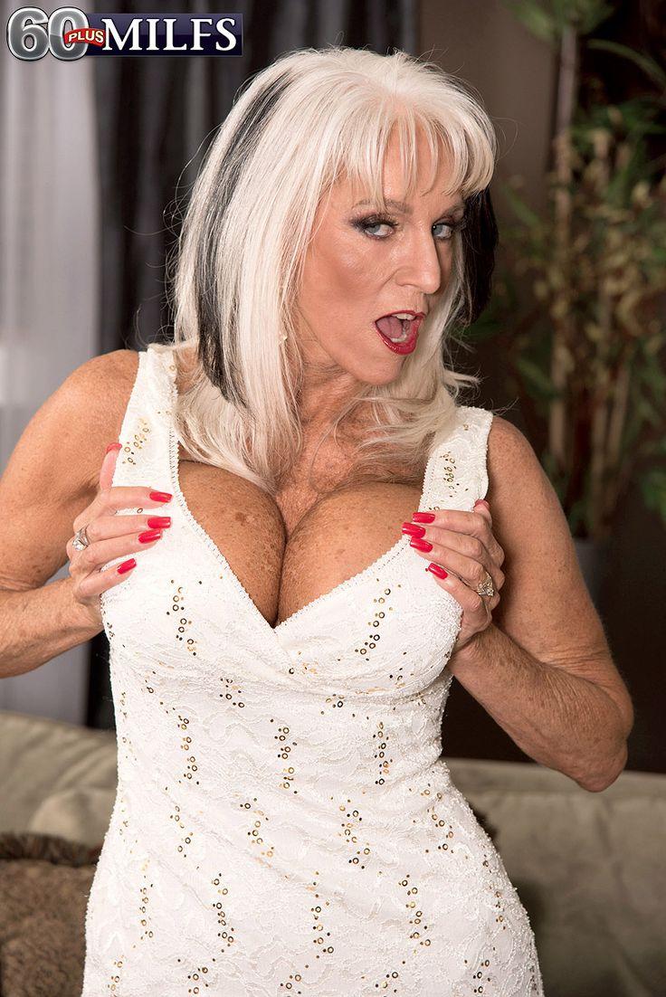 vaughn mature women personals Rich women looking for men 83k likes wwwrichwomendatingsitescom === rich women looking for older men & younger men online .