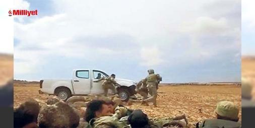 İşte ÖSOnun çatışma anları: Sırt sırta çatışmaOperasyonlarda Türk Zırhlı Birlikleri ile hareket eden iki cobra timi ÖSO askerleri ile sırt sırta çatışmalara girdi. Sultan Murat Tümeninin paylaştığı operasyona ait kamera görüntülerinde kobraların açık arazide kamyonetli ÖSO birlikleri ile DEAŞa karşı savaştığı görülüyor. İki...
