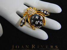 Новый joan rivers орфографии б алфавит пчела брошь черная эмаль стразы abc