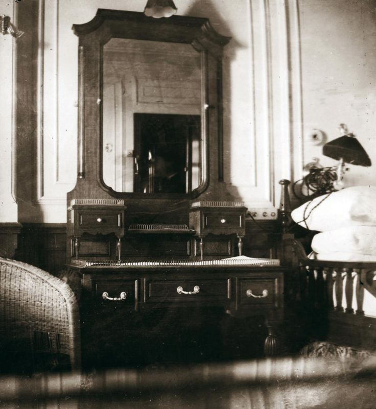 Titanic Bedroom Theme: Fr. Browne Also Photographed His Own Suite, Seen Here