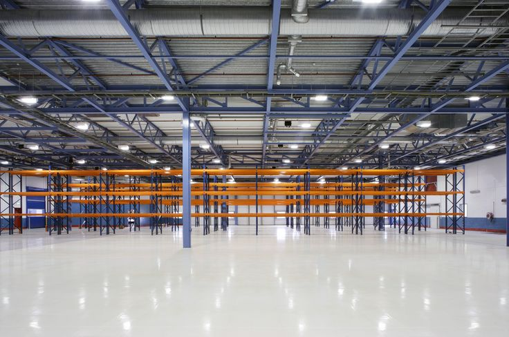 The anti-slip nature of resin flooring mean that it's the perfect solution for large industrial warehouses.