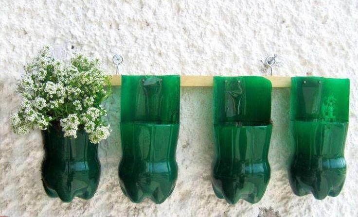 Horta vertical feitas com garrafa pet