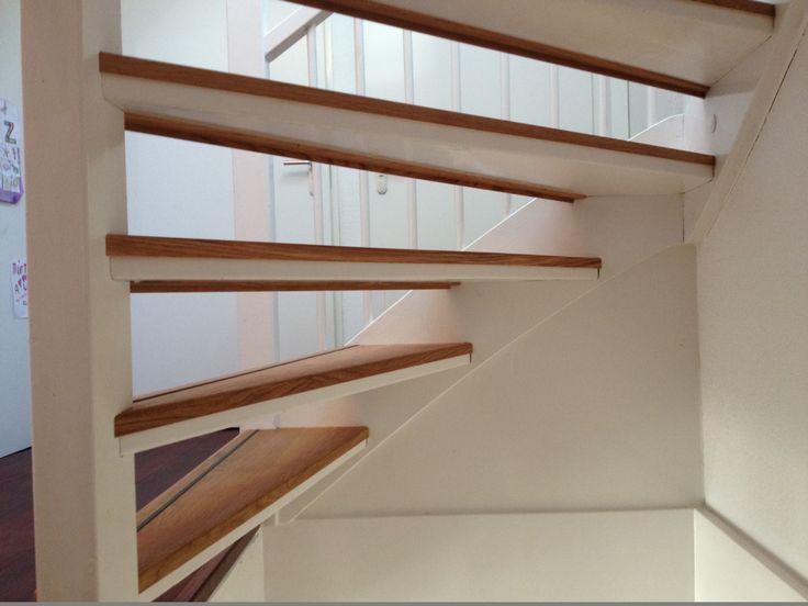 Meer dan 1000 idee n over open trap op pinterest trappen kelde en open kelder - Witte trap grijs ...