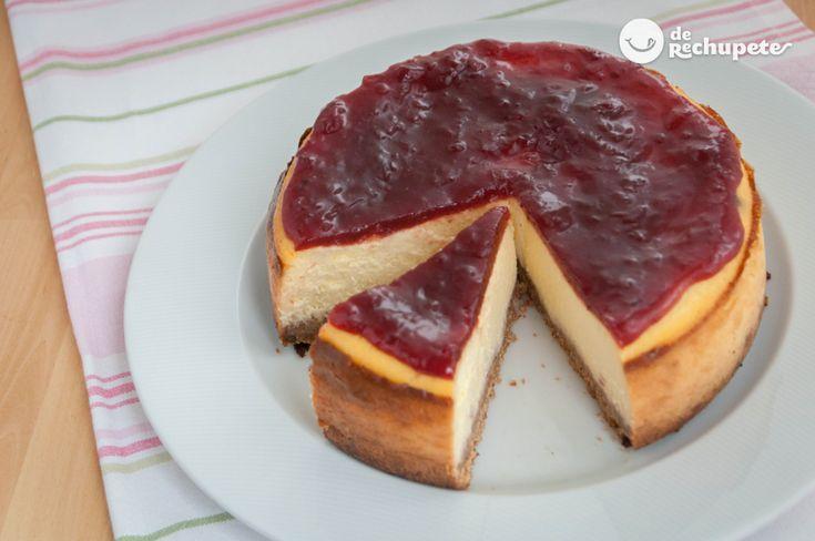 Un trocito? Di que sí! Tarta de queso americana o New York Cheesecake http://www.recetasderechupete.com/tarta-de-queso-americana-o-new-york-cheesecake/1740/ No dejes de probarla en casa #TartaDeQueso