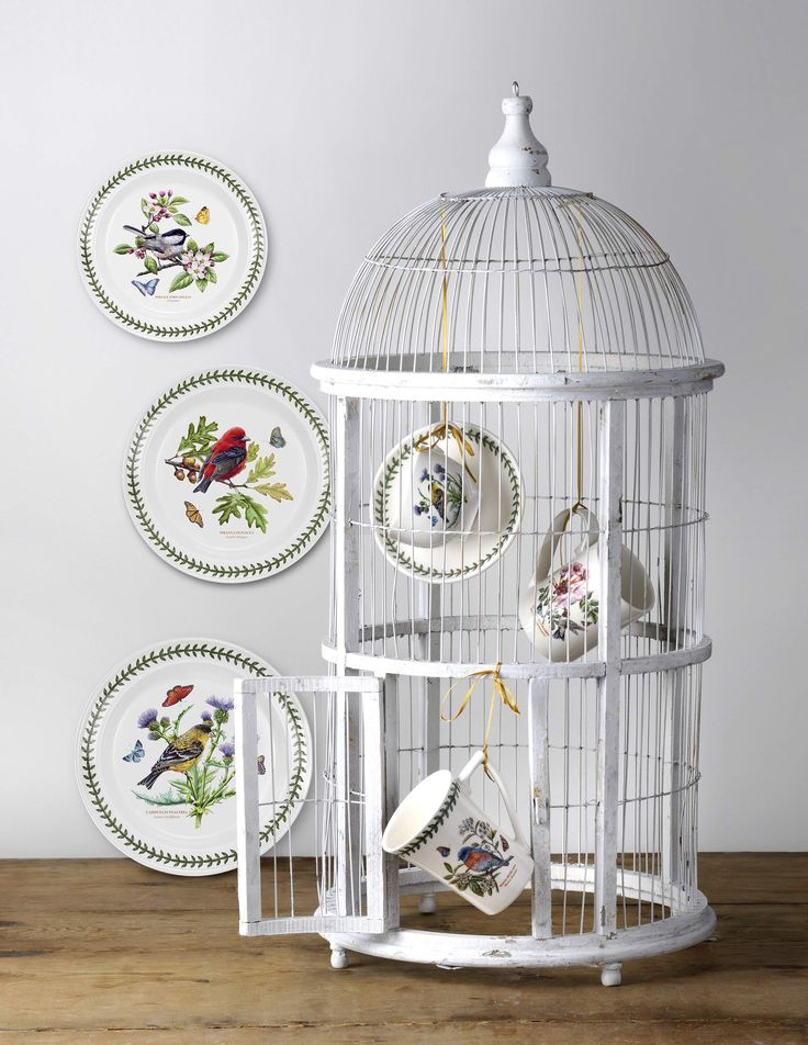 We are giving away Portmeirio's Tableware Collection! Enter contest at: http://fashionecstasy.com/giveaway-portmeirion-launches-new-tableware-collection-host-a-high-tea-party-with-the-exotic-botanic-garden-and-botanic-garden-birds/