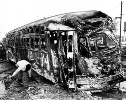 Streets Of Willow >> Chicago 5/25/1950 Streetcar collides with gas tanker truck ...