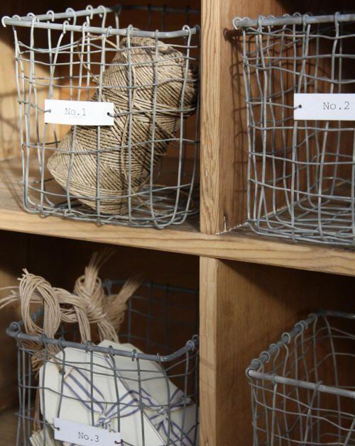 WANT IT :: Vintage Style Zinc Baskets - Set of 4 :: £28.50 | deepuddy.co.uk :: [14cm x 16cm x 14cm] Labeled No. 1, No. 2, No. 3 & No. 4 :: Love all things zinc. | #wirebaskets #zinc #deepuddy