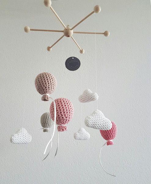 74 besten wolken kinderzimmer babyzimmer bilder auf pinterest girlanden mobile kinderzimmer. Black Bedroom Furniture Sets. Home Design Ideas