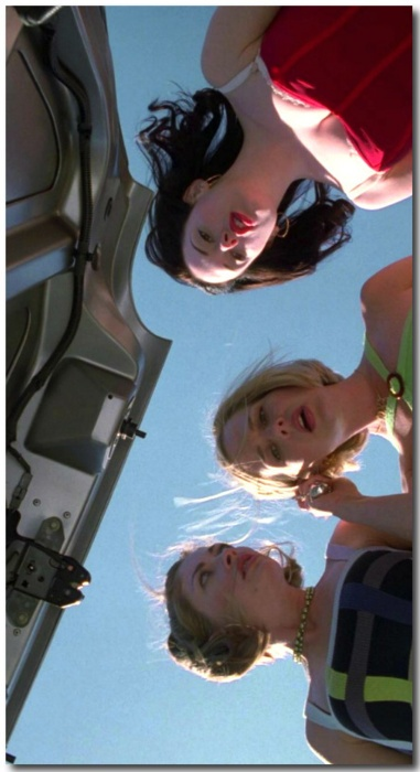 90s90s90s. Jawbreaker, with Rose McGowan, Rebecca Gayheart and Julie Benz. Ha ha....still have this