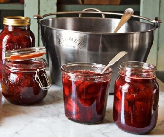 Mmmm...summery  refrigerator strawberry preserves.
