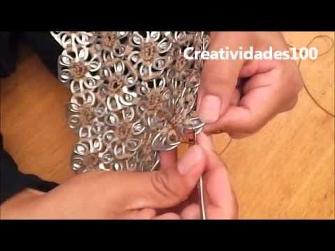 "How to crochet a handbag with soda pop tabs: ""Queta Purse"""