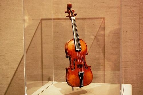 39 violino piccolo 39 small violin antonio stradivari 1644 - Volpino piccolo ...