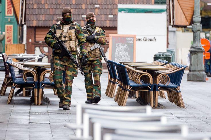 [화보] 최고단계 테러경보 내려진 브뤼셀의 초현실적 풍경
