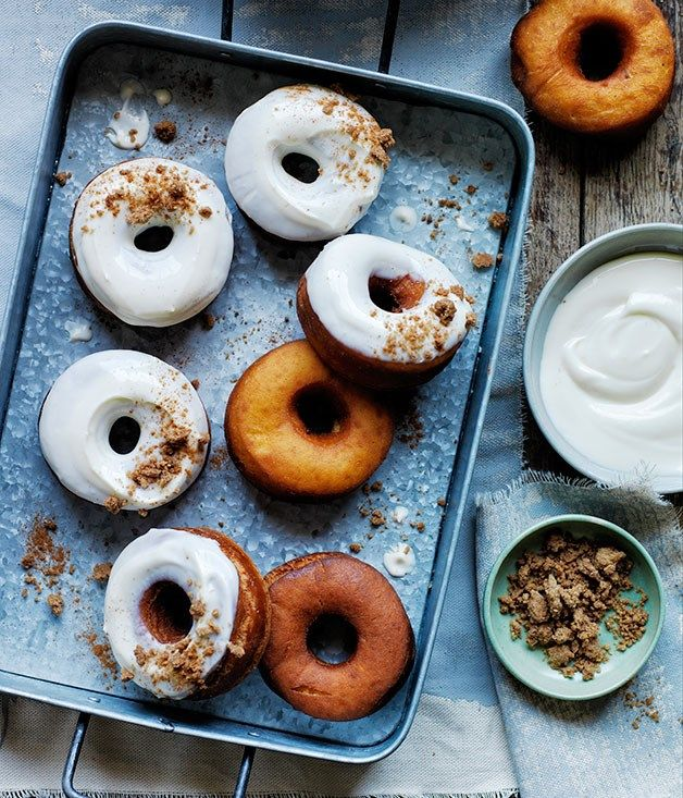 Carrot doughnuts with cream cheese glaze and brown sugar crumb recipe :: Gourmet Traveller