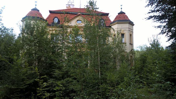 Tajuplný vila Srbsko