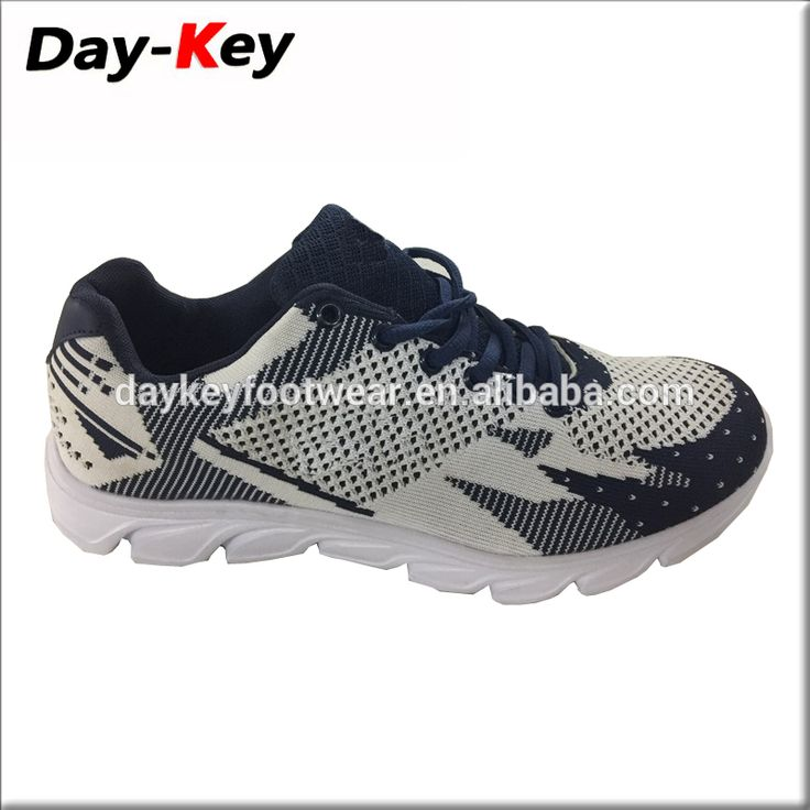 Flying knitted shoes man running shoes fashion mesh sports sneakers Running shoes Light Sneakers men