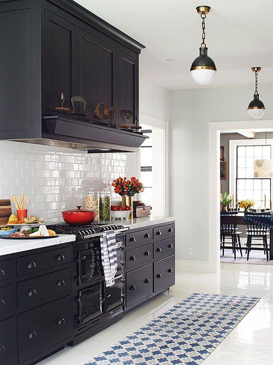 A lovely alternative to a white kitchen.