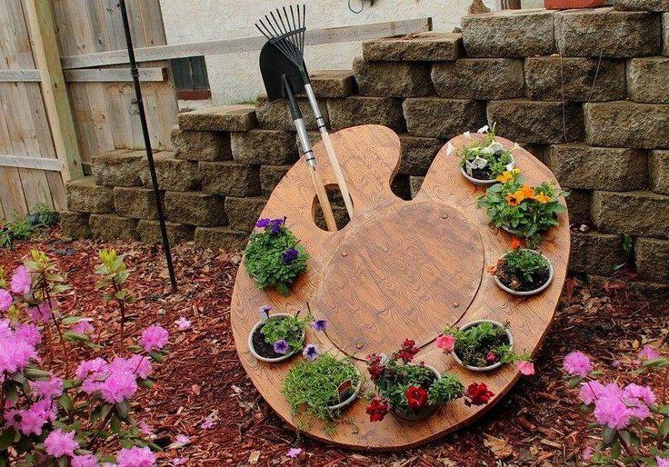 Painter's Palette Garden Planter #Artist, #Display, #Garden, #Palette, #Planter
