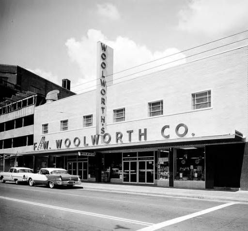 Woolworth store (Broad Street) :: Tracy O'Neal Photographs ~ Atlanta