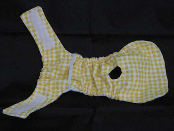 Another view of doggie diaper- doesn't look that hard to do.
