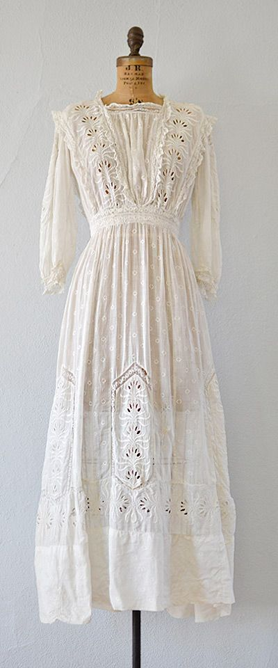 antique 1900s edwardian eyelet lace lawn dress | Rhythms of Grace dress by Adored Vintage | #antique #antiquedress #vintagebride