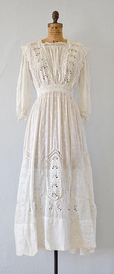 antique 1900s edwardian eyelet lace lawn dress | Rhythms of Grace dress by Adored Vintage | #antique #antiquedress #vintagebride