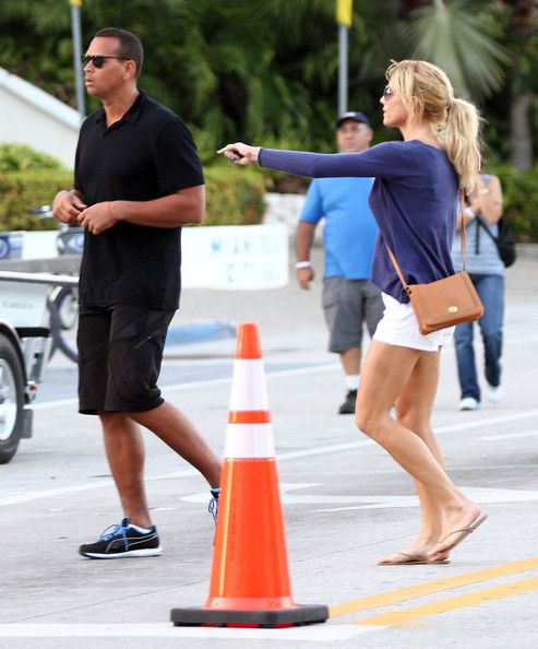Torrie Wilson Photos - Alex Rodriguez And Torrie Wilson Out In Miami - Zimbio