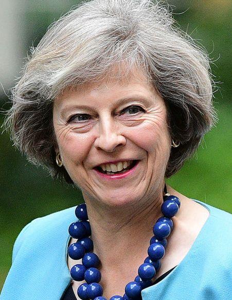 Deux femmes se font face dans la course à la succession du chef du parti conservateur et Premier ministre démissionnaire David Cameron.
