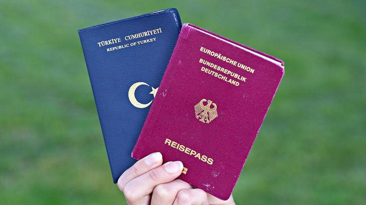 Aus für doppelte Staatsbürgerschaft?: Sicherheitspläne stoßen auf Widerstand