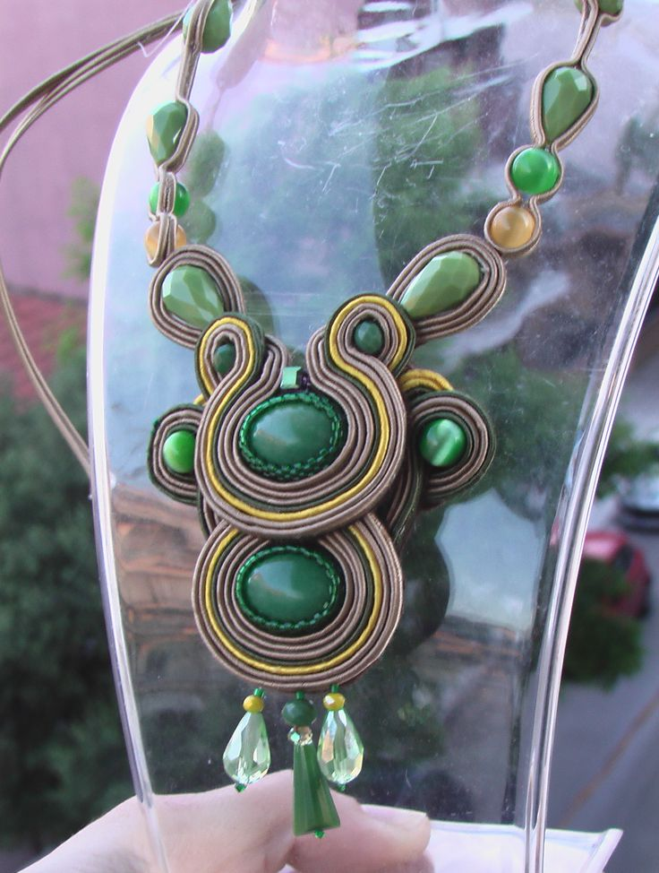 Soutache necklace with green gemstones