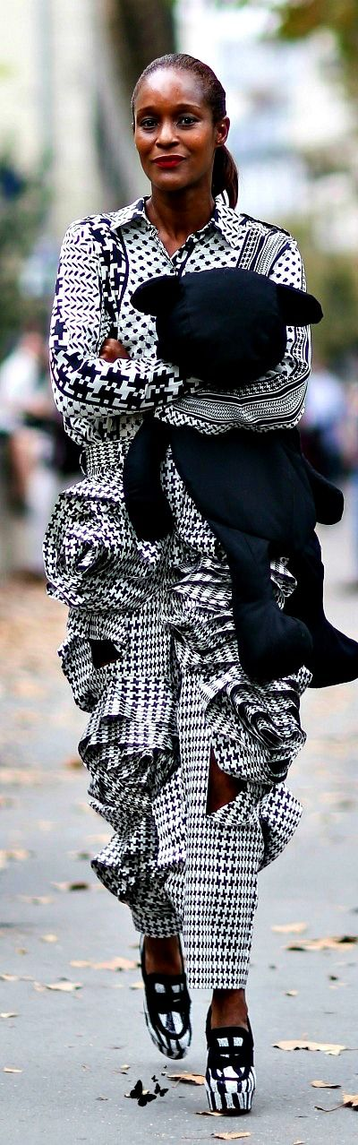 Houndstooth   The House of Beccaria~