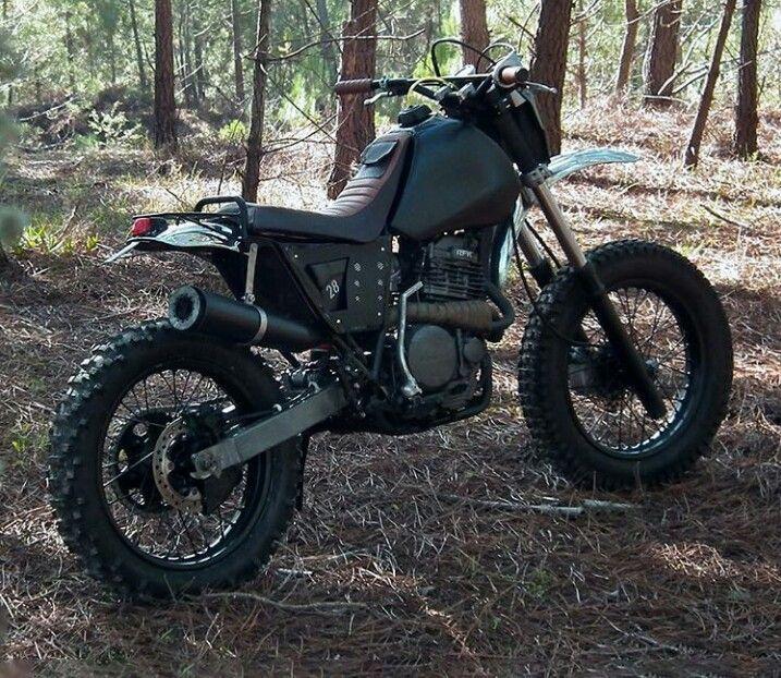 Honda xr 600 custom                                                                                                                                                                                 Más