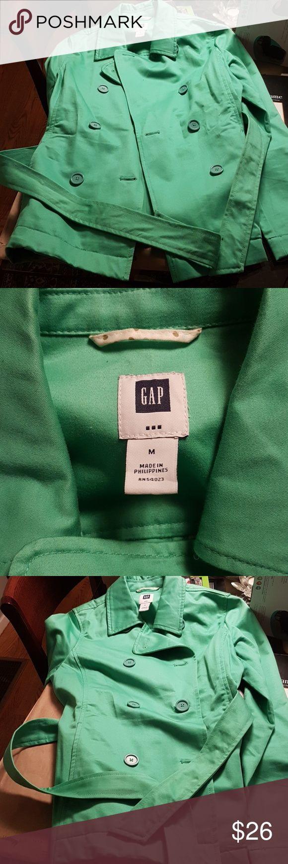 EUC Gap jacket, spring green EUC Gap jacket, pretty spring green color and medium weight. I'd describe this as a long blazer. GAP Jackets & Coats Blazers
