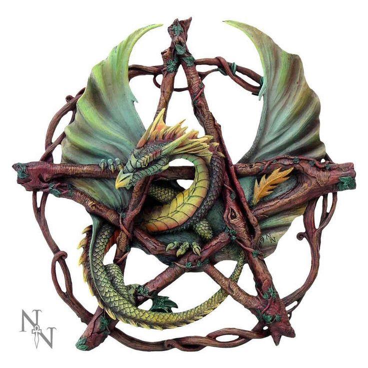 Nemesis Now Forest Pentagram, groene draak in pentagram beeldje groen