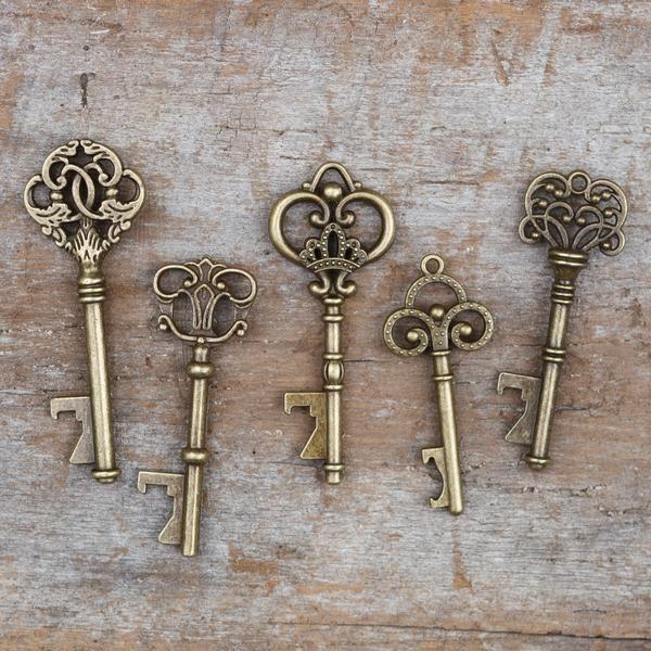 SET of 50 - Vintage Skeleton Key Bottle Openers – Assorted Antique Gold Keys unique wedding favors for guests, party supplies decoration ideas, reception table