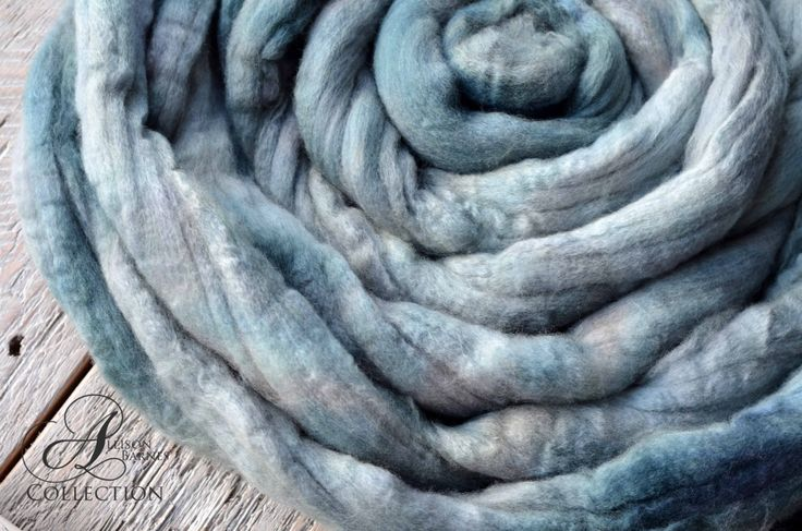 Merino Wool Top for Spinning or Felting - Twilight by allisonbCOLLECTION on Etsy https://www.etsy.com/ca/listing/502368871/merino-wool-top-for-spinning-or-felting
