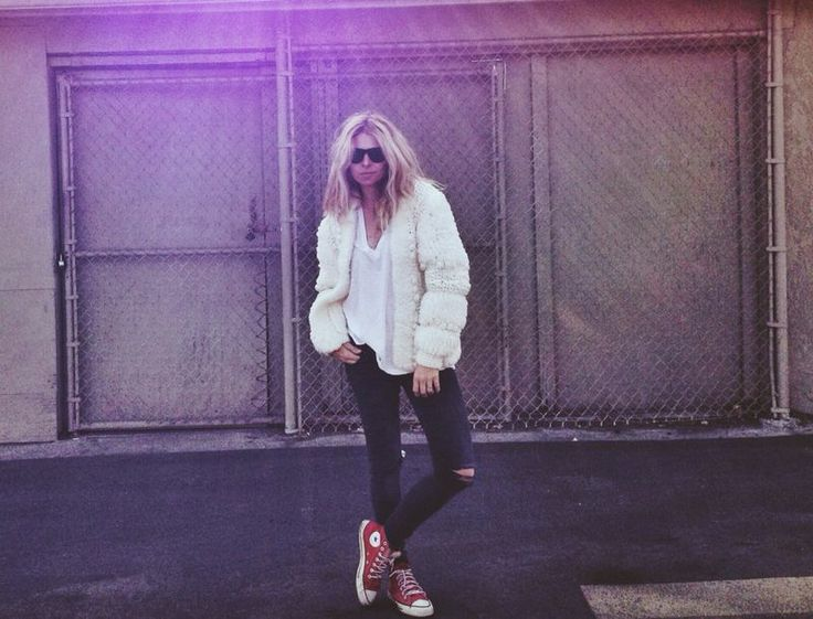 my style icon // I need red converse