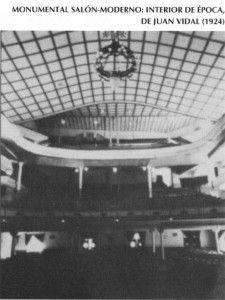 Artículo nostálgico sobre las antiguas salas de Cine de Alicante. En esta foto: Asi eran los cines como el Monumental por dentro.