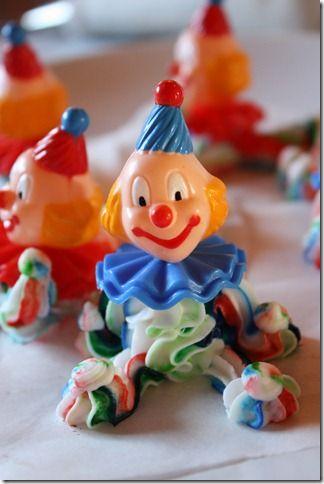 DIY icing clowns