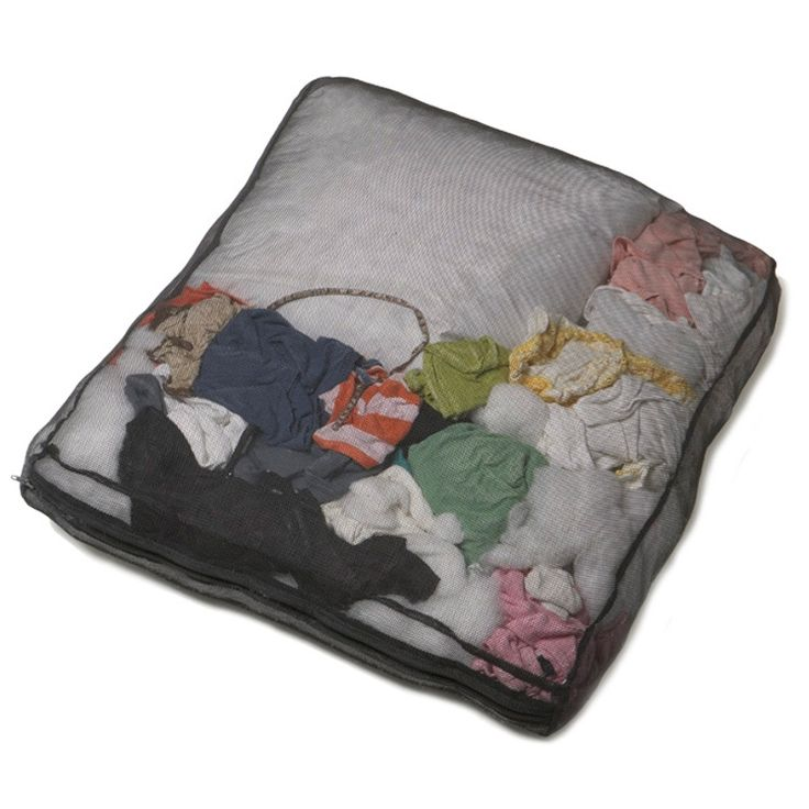 stuff sacks by molly mutt - stuff your dog's bed with old towels & clothes - when it's dirty, dump in all in the washer - love this idea!: Idea, Sacks, Dogs, Stuff Sack, Pet, Molly Mutt, Dog Beds, Products