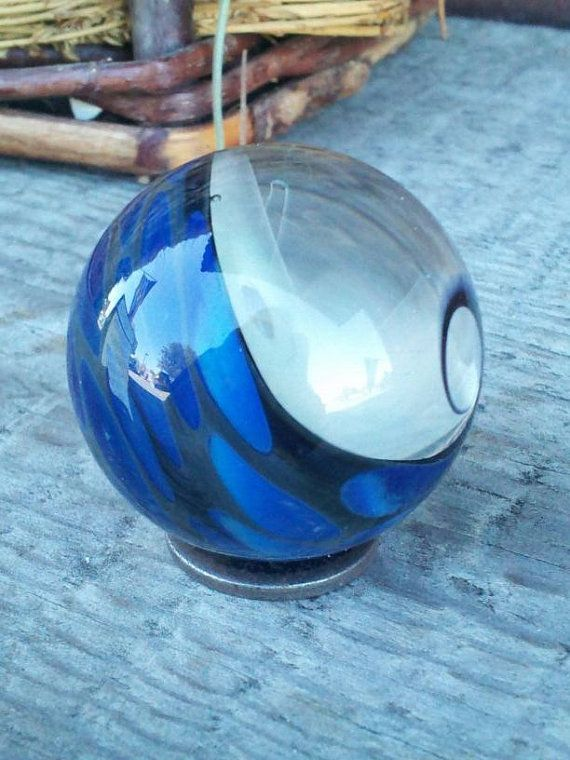Made In 2013 This Is A Double Twisted Fume Marble Backed With Black And Dotted With A Cloudy Blue Boro Glass The First Twist Makes A Spiral Marble Glass Art Glass