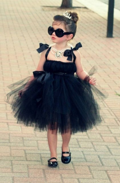 little audrey: Little Girls, Future Daughter, Halloween Costumes, Audrey Hepburn, Flowers Girls, Breakfast At Tiffany, Audreyhepburn, Breakfastattiffany, Kid